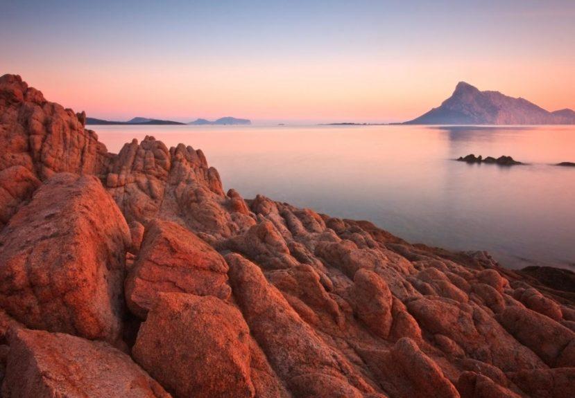 ssk_184555247_isola_tavolara_tramonto_milan_gonda_rsz